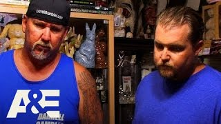 Storage Wars: Darrell and Brandon Visit The Bunny Museum (S5, E23)