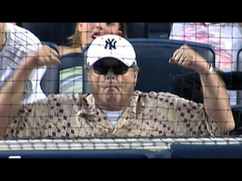 SEA@NYY: Jack Nicholson enjoys the game
