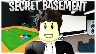 Ich baute einen SECRET BASEMENT in meinem Bloxburg Haus! (Roblox Basement Cinema, Arcade und Hot Tub!)