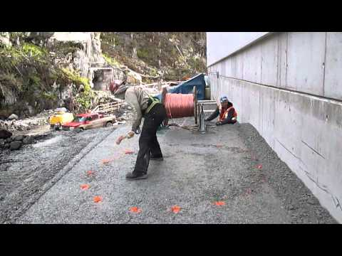 Hilarious Construction Worker Prank