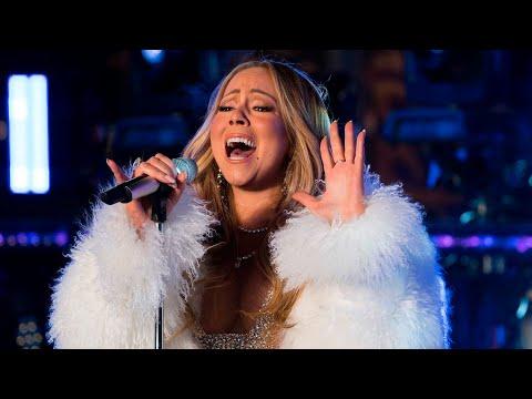 (Full HD)Mariah Carey - New Year's Eve 2018 performance & no hot tea😂