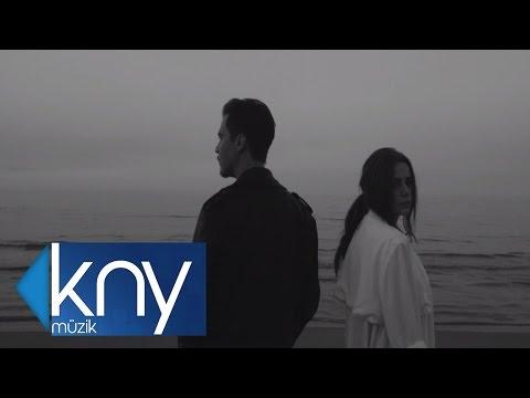 Erdem Kınay  Ft. Merve Özbey - Helal Ettim ( Official Video )