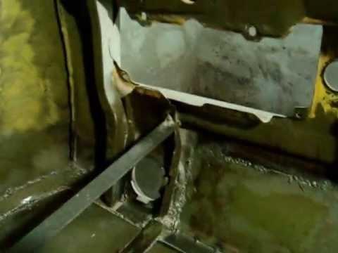 Lada Niva - Body Repair Trunk.