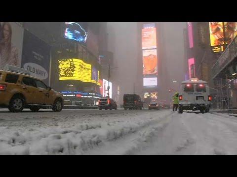 New York: quand la neige habille Times Square