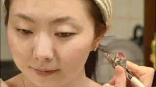Hollywood Air Airbrush Makeup Thumbnail