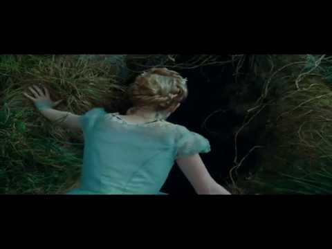 Alice In The Wonderland - Fall Into The Rabbit Hole