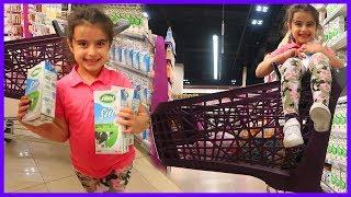 Market Shopping With Rüya For Making Milkshake