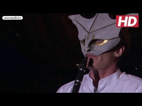 Martin Fröst plays Peacock Tales... with a mask on!