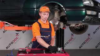 Remplacer Suspension stabilisateur VW GOLF III (1H1) - instructions vidéo