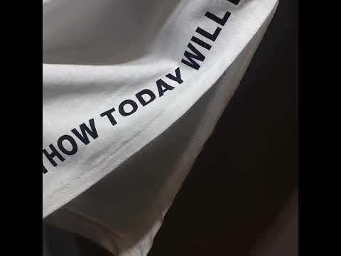 베씨 여성 원더풀데이 티셔츠