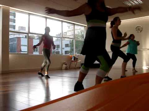 Zumba  in Brazil with Liz Zumba OYE COMO VA