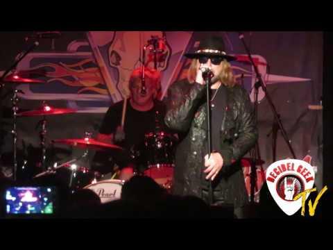Dokken - The Hunter: Live at The Buffalo Rose in Golden, CO.