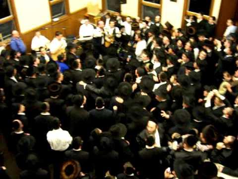 Yehuda Green Simchos Bais Hashoeva in monsey 5770- 2009