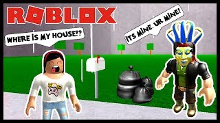 MY CREEPY STALKER STOLE MY HOUSE! - Roblox Roleplay