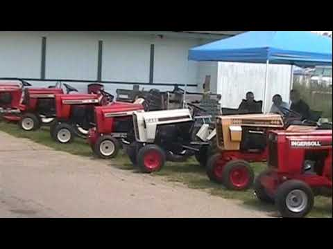 Garden Tractor Daze 2017 Walk 1 Youtube