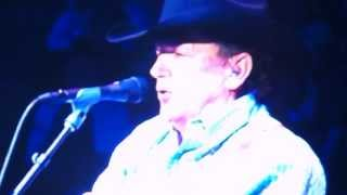 "George Strait Singing ""Middle Age Crazy"" at the 2013 HLSR"