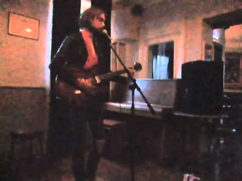Key to the Highway performed by James Hedges at the Harcourt Arms open mic