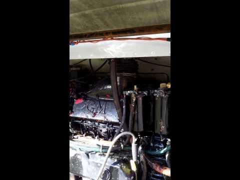 Detriot diesel 8V71 Method to prime the fuel, GM 4