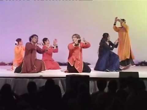 Sufi Noor - Aaj rang hai ri ma rang hai