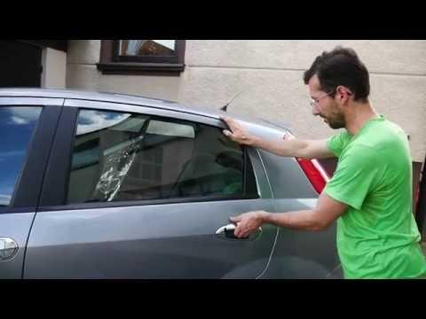 Fiat Grande Punto back doors jammed - resolved problem
