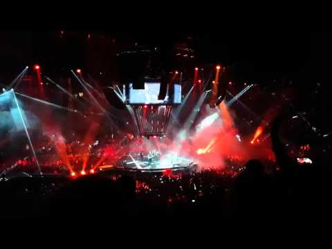 Muse - Knights of Cydonia - Manchester Arena 9th April 2016