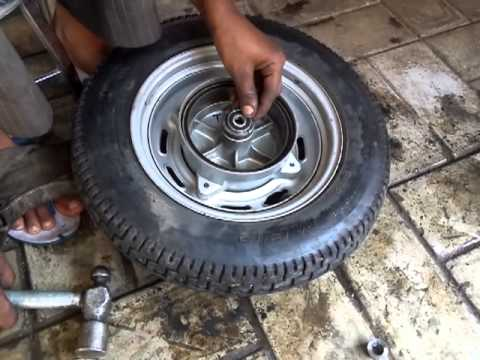 How To Replace Wheel Bearings Honda Activa Part 2