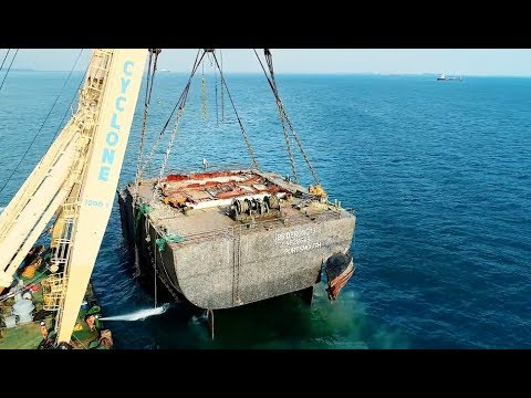 Oil and wreck removal JBB Derong 19
