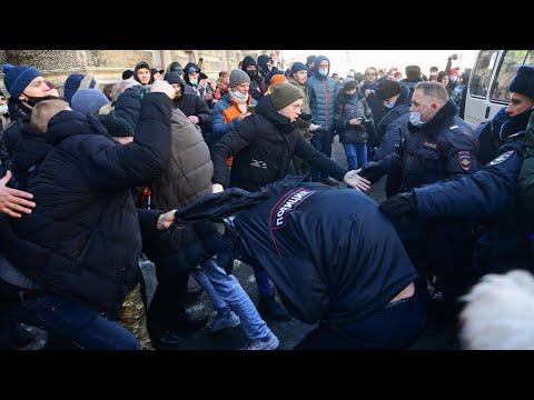 روسيا: اعتقال أكثر من 2500 شخص وصدامات في موسكو بين الشرطة والمتظاهرين المنددين بإيقاف نافالني  - 23:58-2021 / 1 / 23