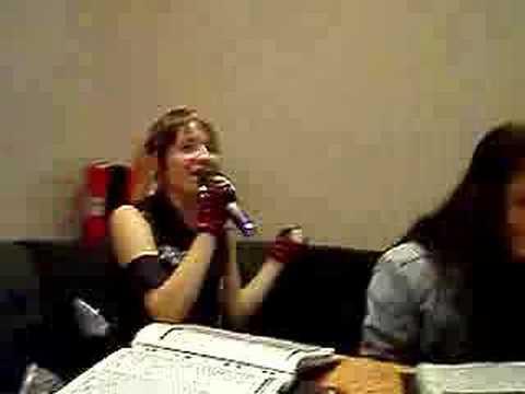 YMCA beim Karaoke