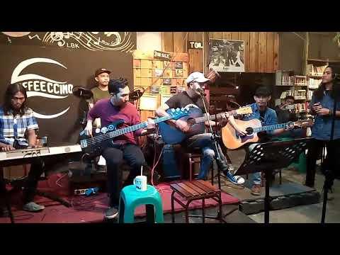 ARWANA - PATAH TUMBUH HILANG BERGANTI feat Bang yudie arwana