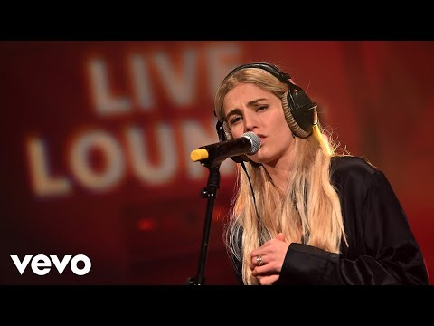 London Grammar - Blinding Lights in the Live Lounge