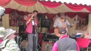 Skimmity Hitchers Tolpuddle 2011.wmv