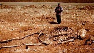 Загадки и тайны древней цивилизации великанов(В Грузии Археологи обнаружили останки трех метрового человека,ученые пытаются выяснить,был ли это просто..., 2015-04-09T19:19:21.000Z)