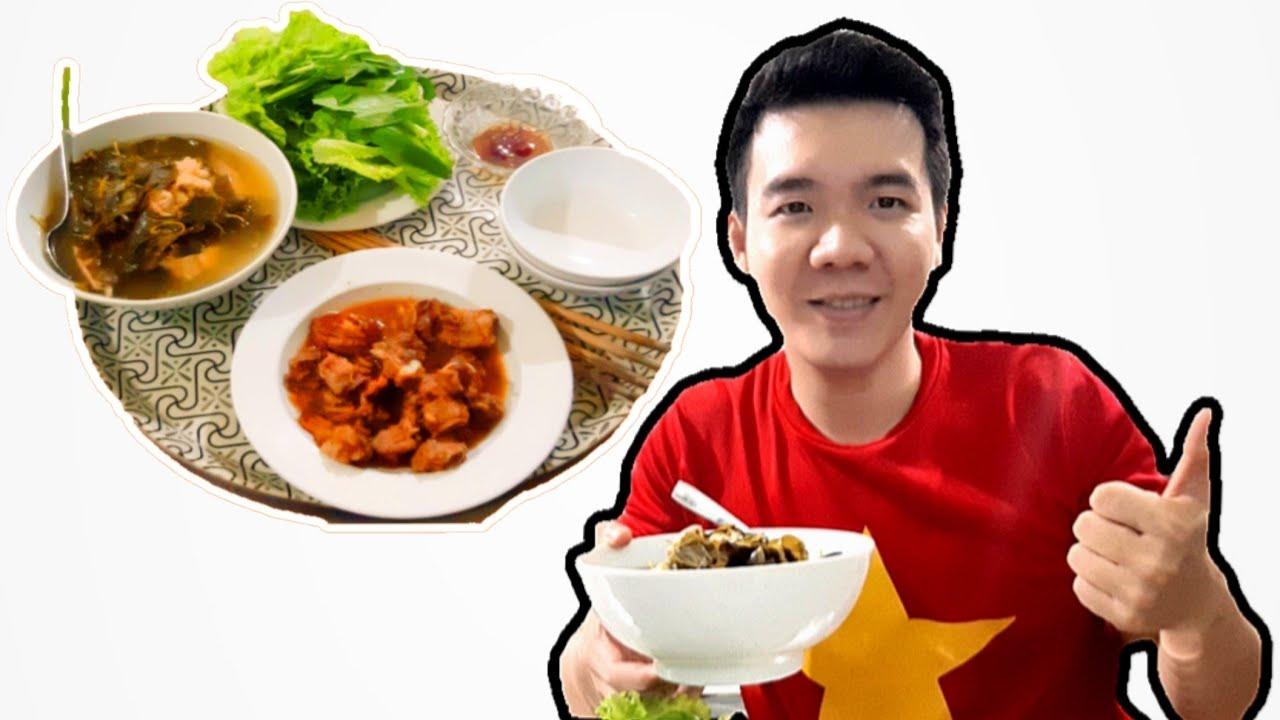Món Canh Gà Lá Giang Ngon Nhất Đời (Chicken Soup With Vegetables)