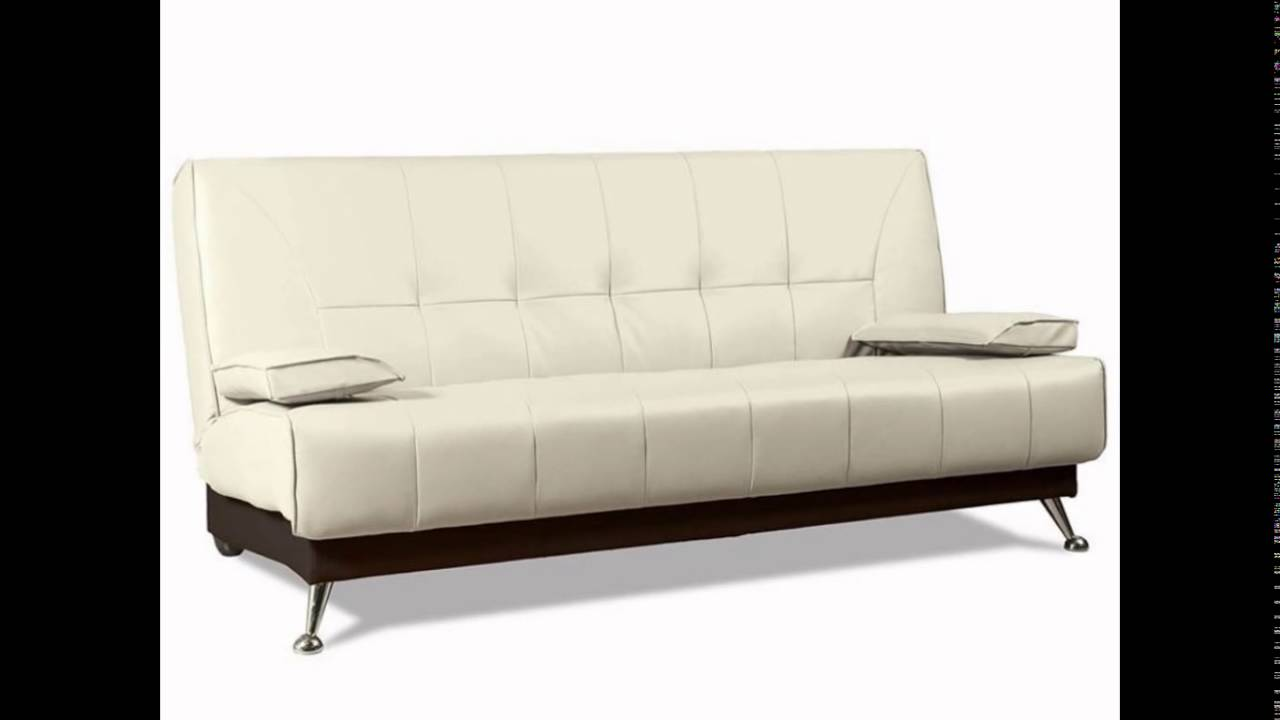 Чтобы предотвратить износ мягкой мебели, продлив срок ее службы, используют чехлы для нее, которые легко снимаются, стираются, способны преображать вид, к тому же их цена существенно ниже стоимости новой мебели. А те хозяйки, которые умеют шить, смогут сделать чехол для дивана своими.