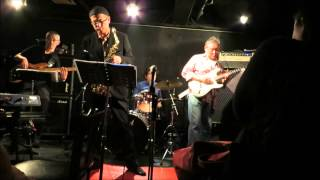"""SOUL THERAPY ASSOCIATES Plays """"Tequila"""" at ZZ"""