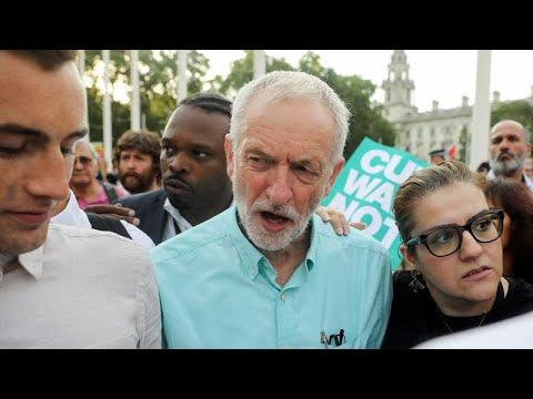 زعيم حزب العمال يقول إنه سيسعى لإسقاط رئيس الوزراء وإرجاء خروج بريطانيا من الاتحاد الاوروبي…  - 09:55-2019 / 8 / 15