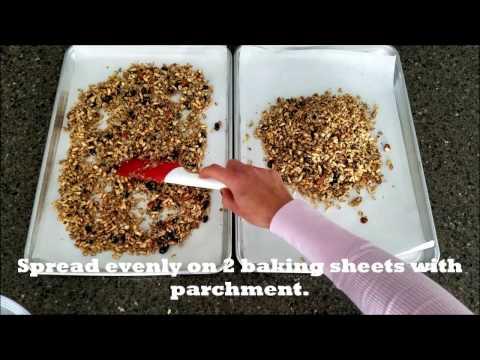 How to Make Lite Oatmeal Cookie Granola