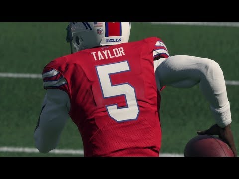 LONGEST QUARTERBACK TOUCHDOWN RUN OF THE YEAR! Madden 18 Ultimate Team Squads Gameplay