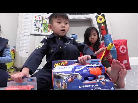 Pretend Play POLICE GONE WRONG ( NERF GUNS TOY Challenge ) Fun TV