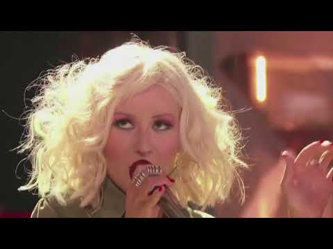 Christina Aguilera wows The Voice