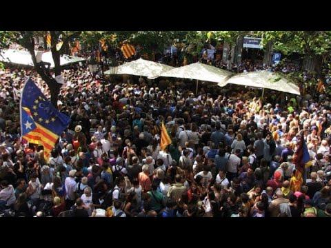 Catalogne: manifestation après les arrestations et perquisitions