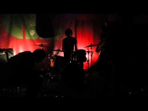 Dry River - Live @ Blur Cafe - 2013.03.08 (tracks #1, #2 + first part of #3)