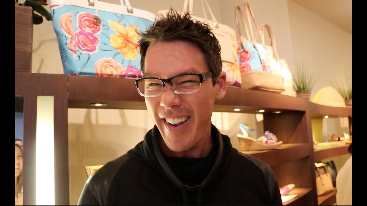 David Bromstad For Naturalizer Youtube