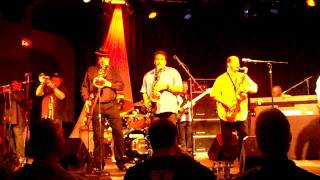 Tower of Power lifve at The Tralf in Buffalo, NY 3/22/10 On the Ser...