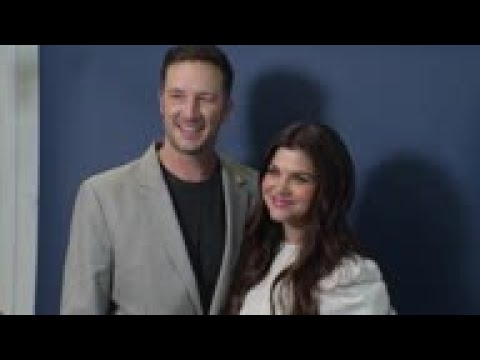 Tiffani Thiessen on that viral 'Saved By the Bell' 'reunion' photo l GMA from YouTube · Duration:  3 minutes 56 seconds