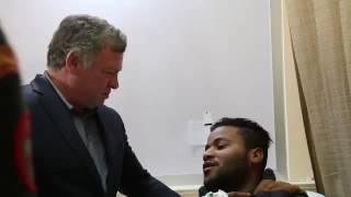 بالفيديو.. ملك الأردن يحقق أمنية شاب مصاب