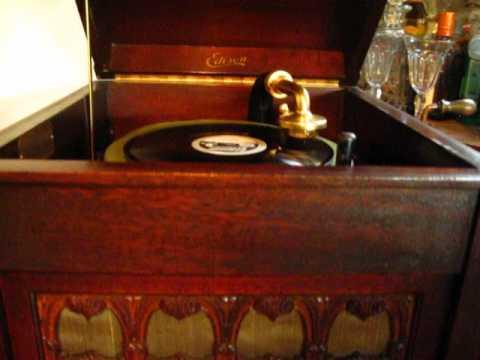 1919 Edison H-19 Phonograph