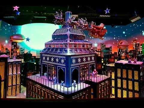 Macy's Herald Square unveils its legendary Christmas windows 2017