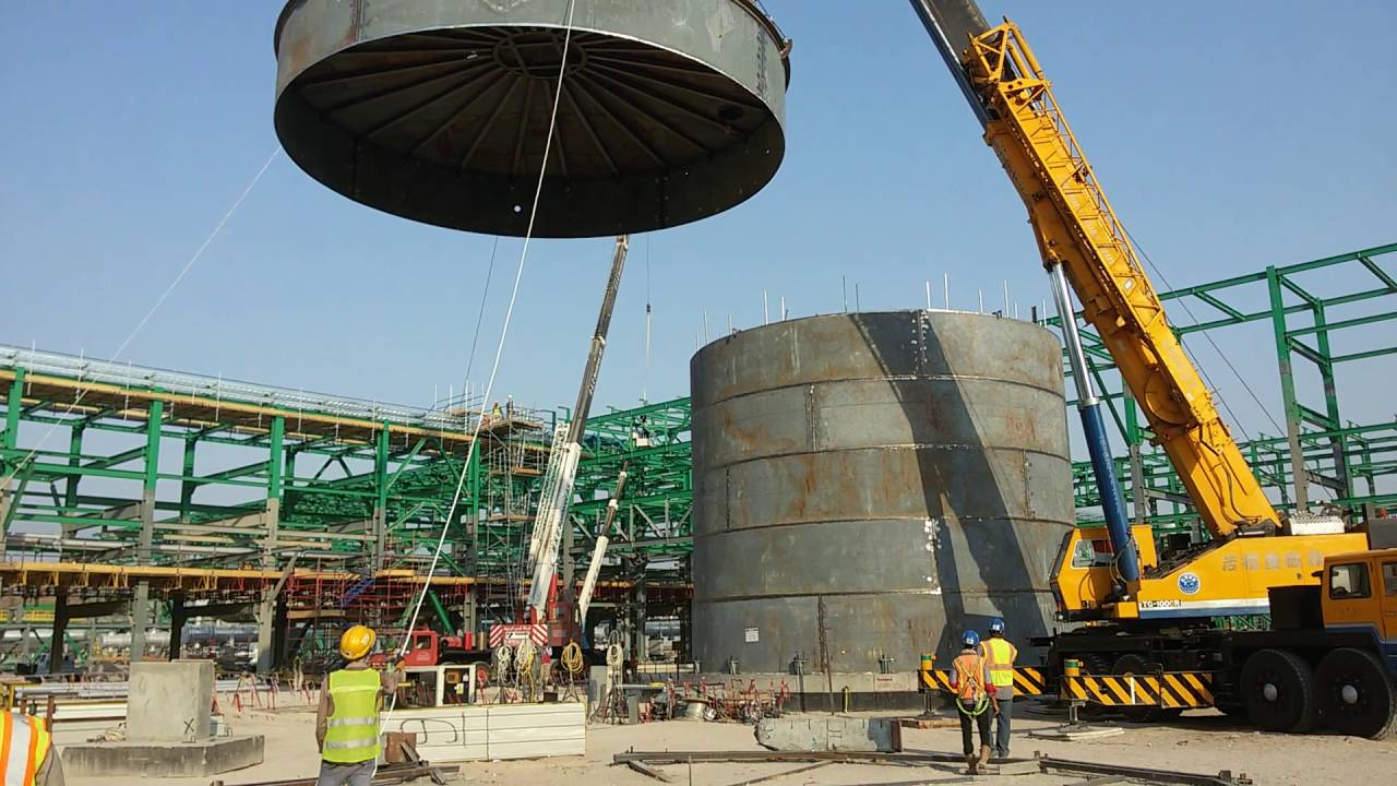Erection The Last Shell Course Cone Roof Togther Of Hot Oil Tank Youtube